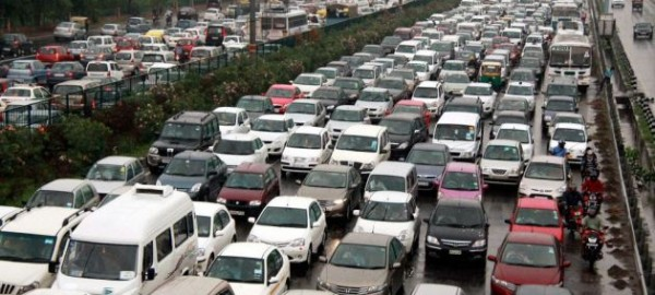 traffic-jam-new-delhi-india-blackout